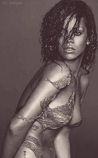 Rihanna Fenty Fy4FiZ