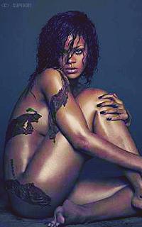Rihanna Fenty HjBn6G