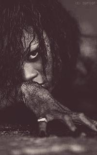 Rihanna Fenty Q4M7Uw