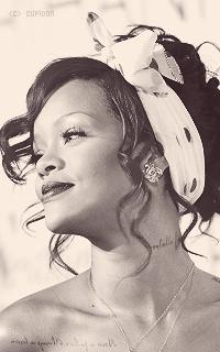 Rihanna Fenty 6u2j