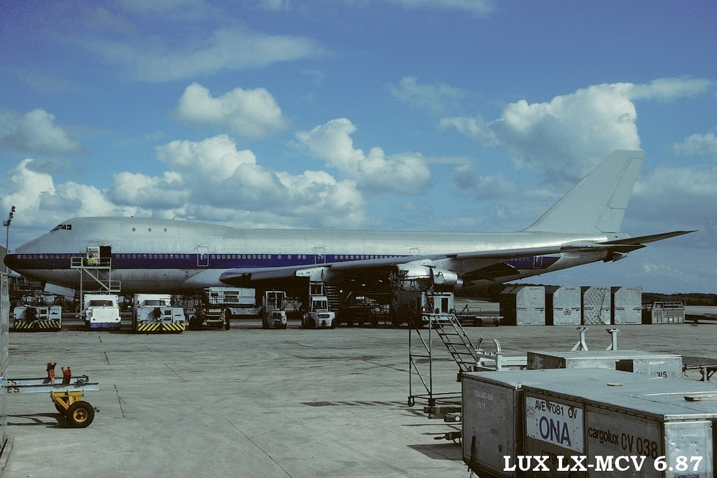 LUX-related B747s Q0ys