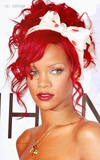Rihanna Fenty T1zt