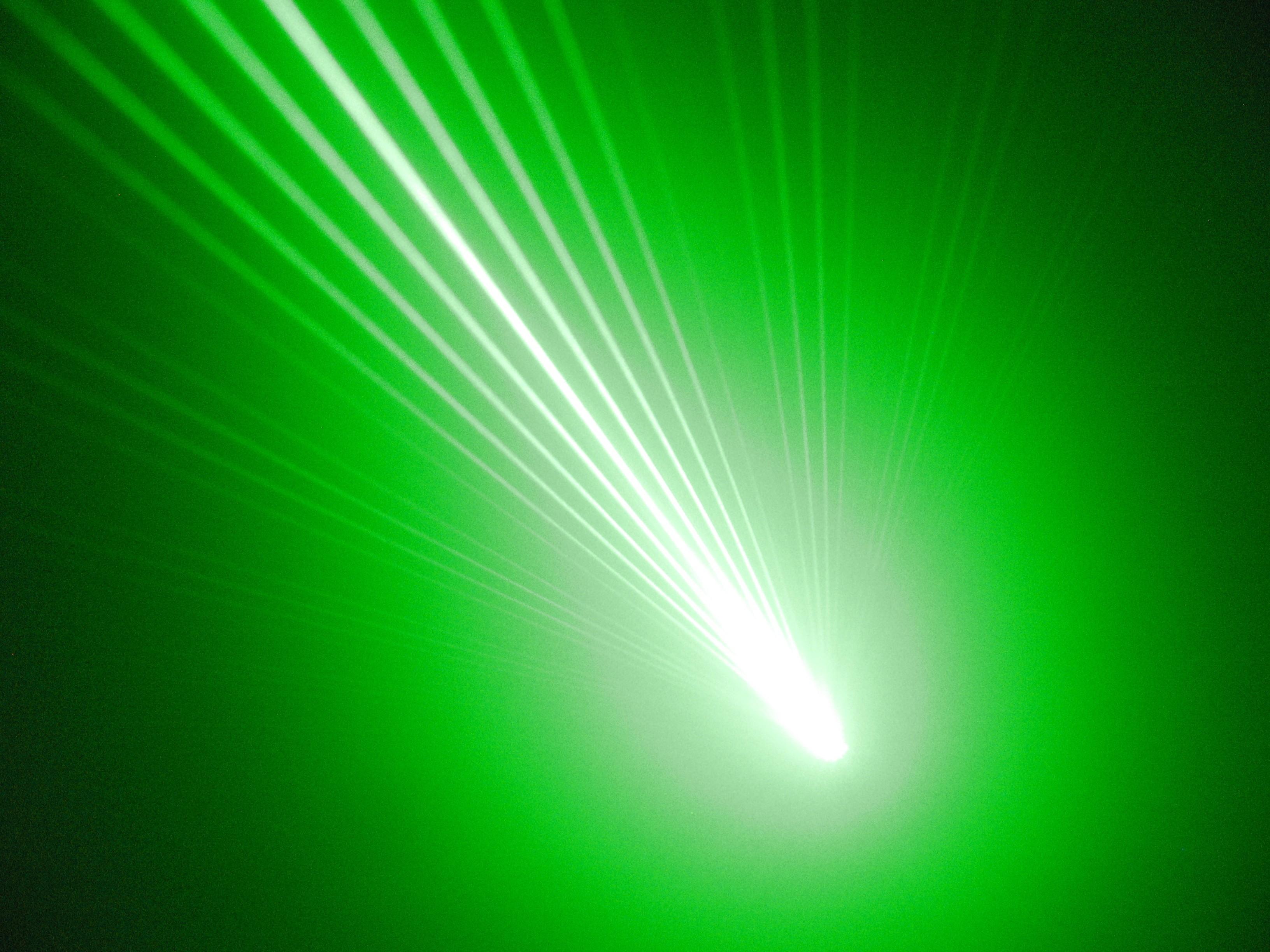 Velocidad de particulas para fusion..hay algo raro!!! - Página 4 Wuyj
