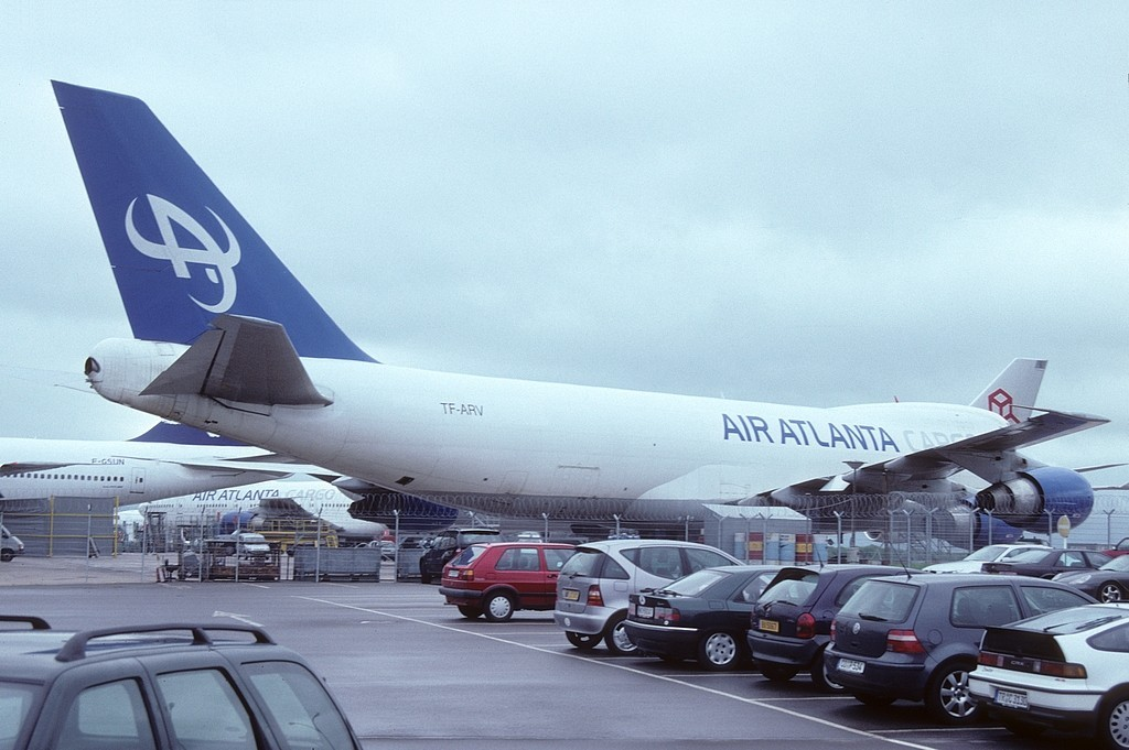 LUX-related B747s I0vyv