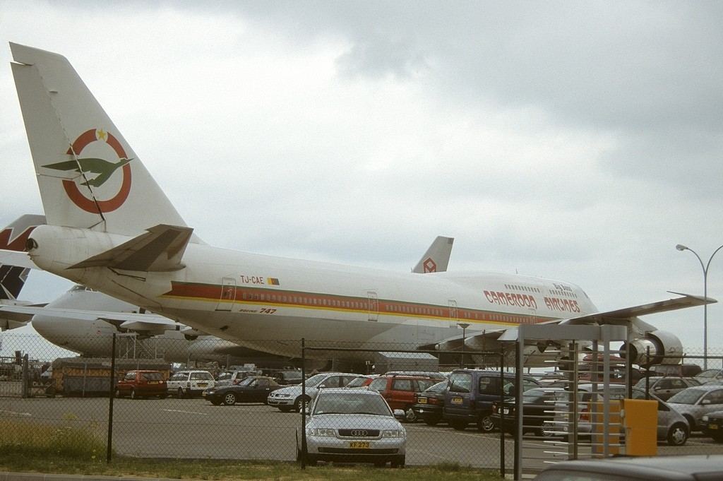 LUX-related B747s Tjj9