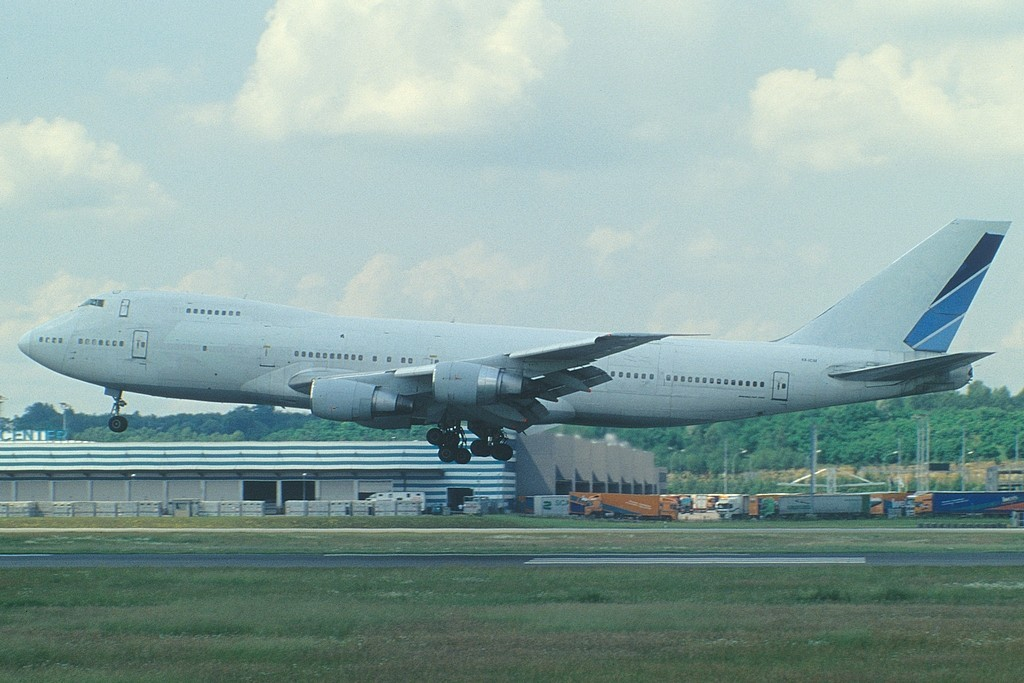 LUX-related B747s Y9cw