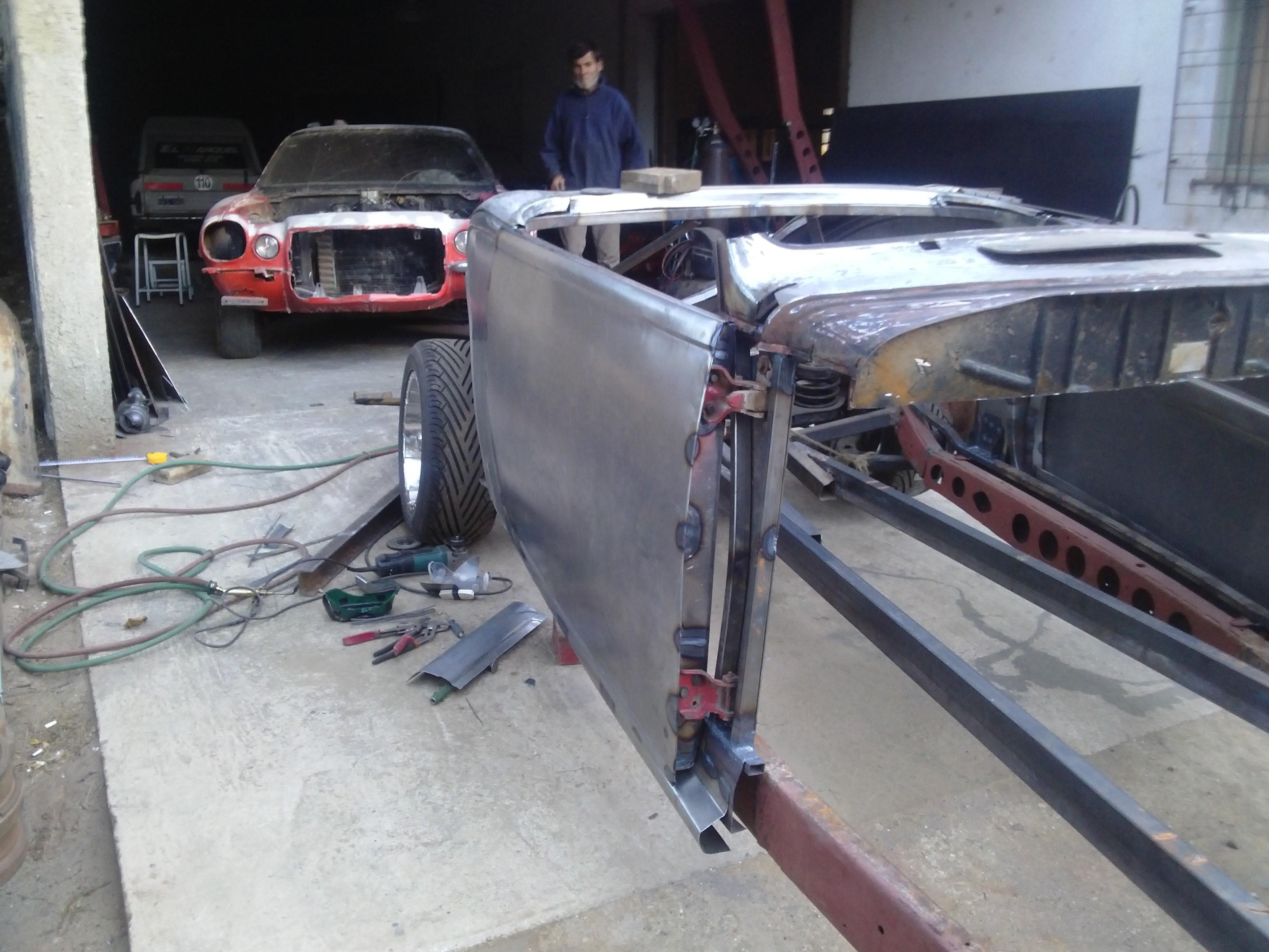 Plymouth 37 convertible - Página 4 Emy9