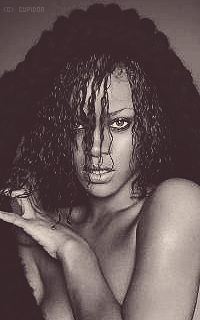 Rihanna Fenty 0DfaDF