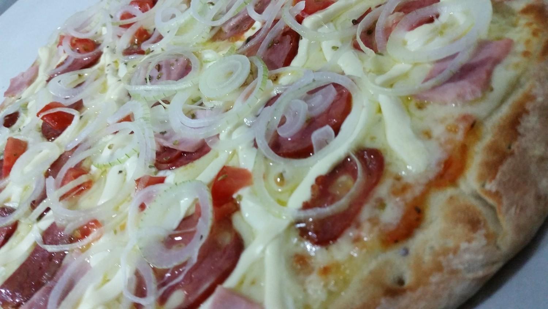 Mais um Forno Las Lenhas do Cheff Hassin construído em Salvador e pizzas sensacionais feitos neste forno! FuX165