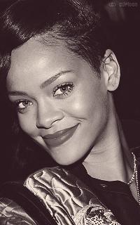 Rihanna Fenty SJzGCO