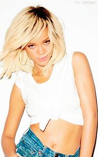 Rihanna Fenty DfVR0n