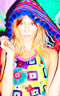 Cailin Russo Mdt5oY