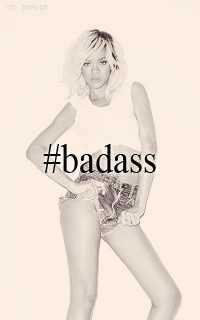Rihanna Fenty HgtQBc