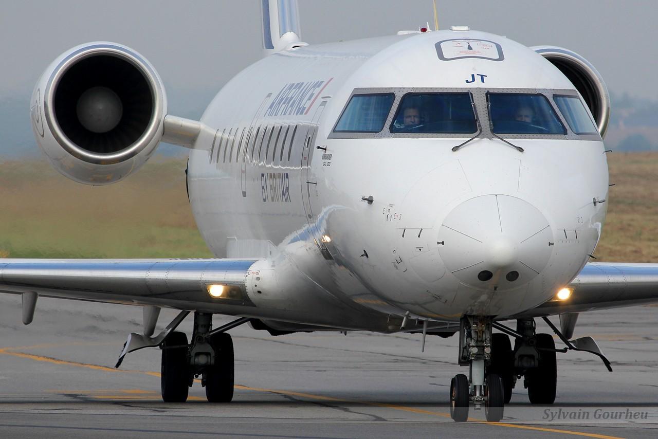Embraer EMB-135 Legacy London Executive Aviation G-PEPI & Divers le 07.09.14 JTWajD