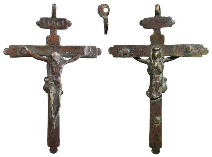Crucifijo bifaz IИRI Inmaculada.   S-XVII,  CC-030 [ Pec026/S-XVII]* 9WW6XX