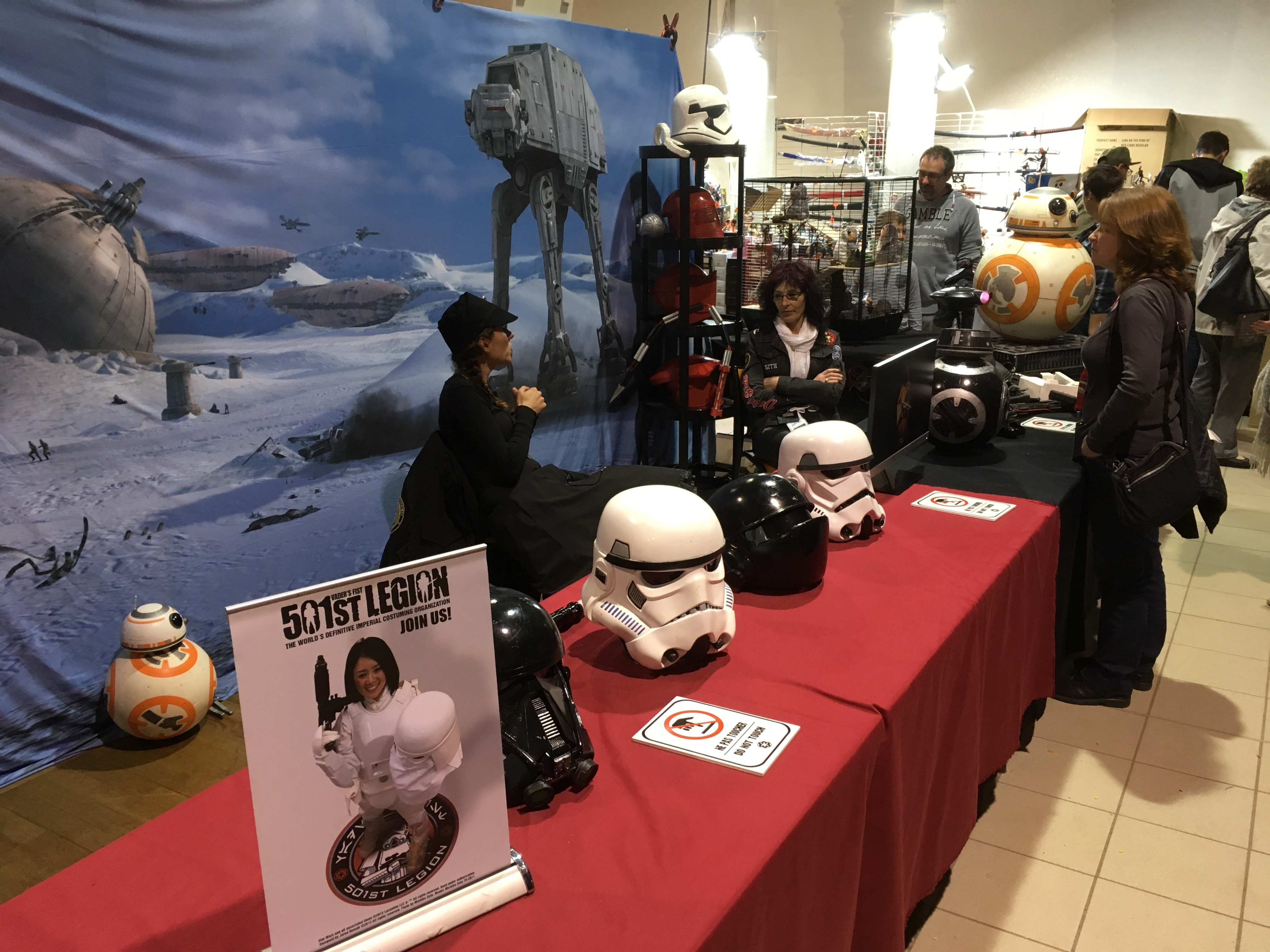 Générations Star Wars et SF 20ème édition - Cusset - 28 et 29 avril 2018 Y9zzVL
