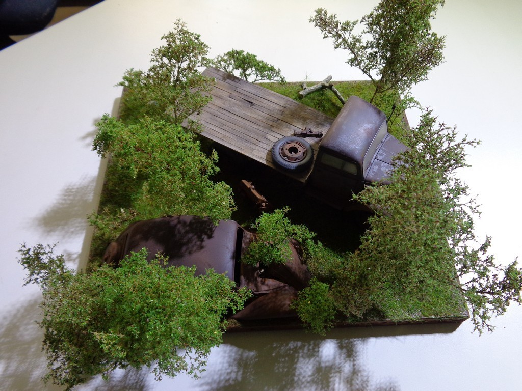 Epaves Opel Blitz  - Italeri  + Traction 15cv Heller - 1/24 [Maj 28-12-16 FINI] - Page 2 F5eXCz