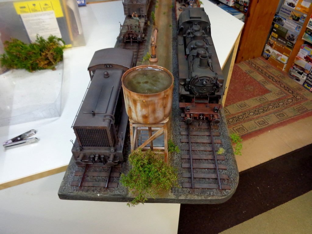 Diorama Ferroviaire avec  K5 Leopold au 1/35 petite MAJ 12/11/16 - Page 2 WgThoz