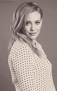 Hilary Duff Z3XuGK