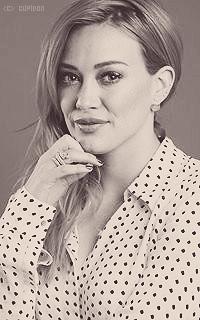 Hilary Duff CVjV1h