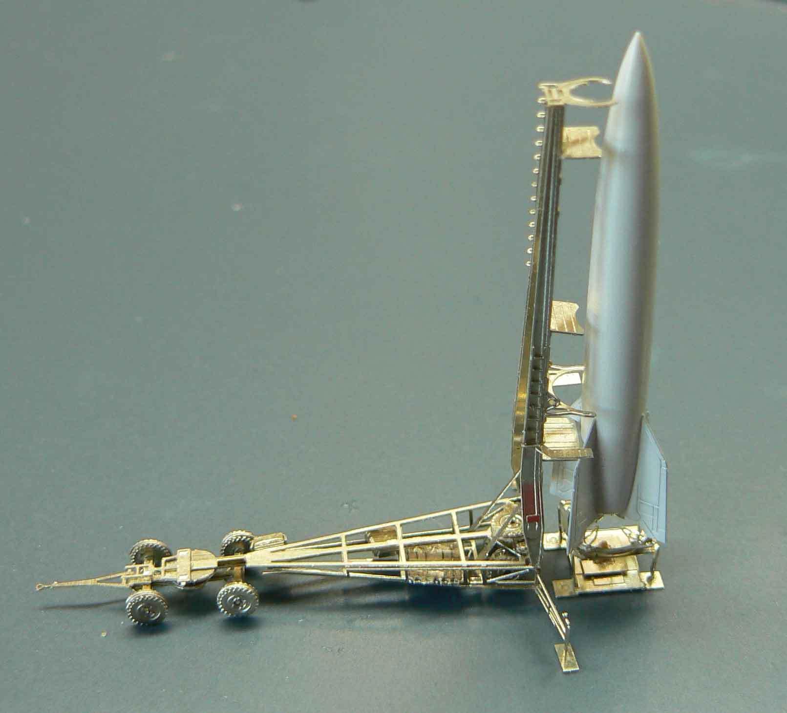 Fusée V2 - A4 au 1/350° L8XZSN