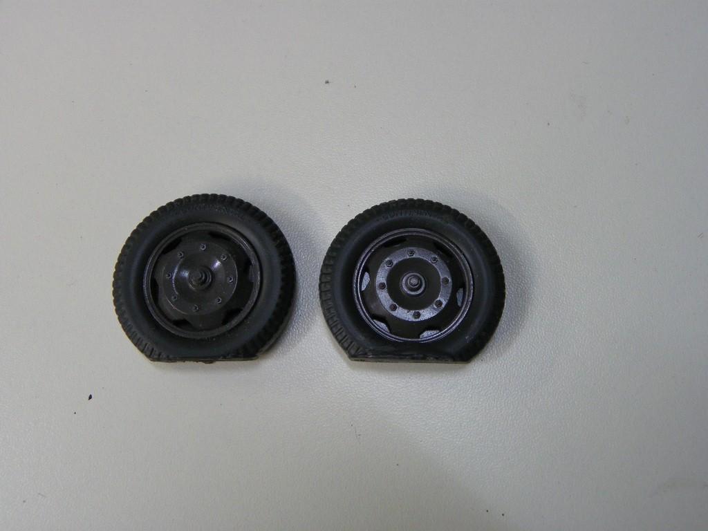 Epaves Opel Blitz  - Italeri  + Traction 15cv Heller - 1/24 [Maj 28-12-16 FINI] LulHta
