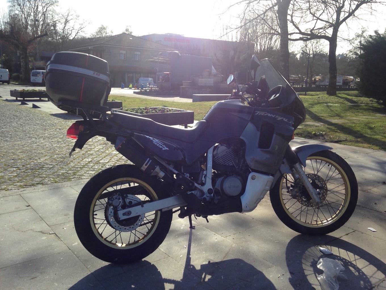 TA 600 1994 W9gjCa