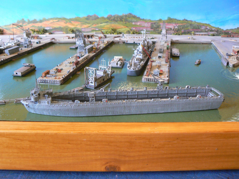 MARE ISLAND NAVAL SHIP YARD  1/700 - Page 2 YFMR7v