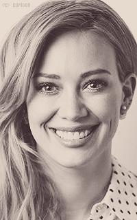 Hilary Duff 0BBh5R