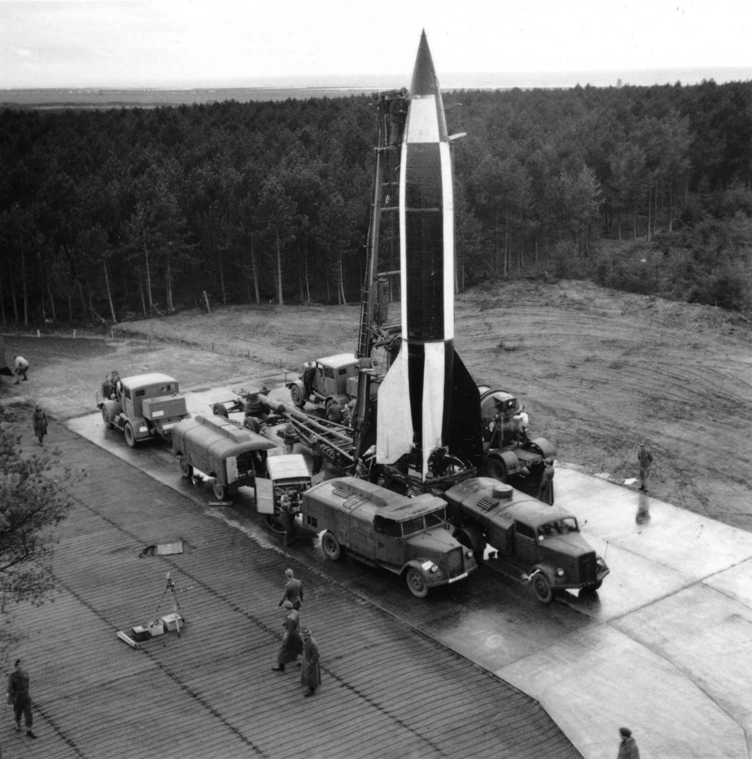 Fusée V2 - A4 au 1/350° - Page 3 HdotDh