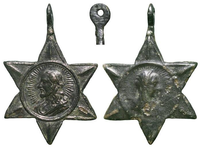 Algunas formas atípicas de medallas. JVp8pL