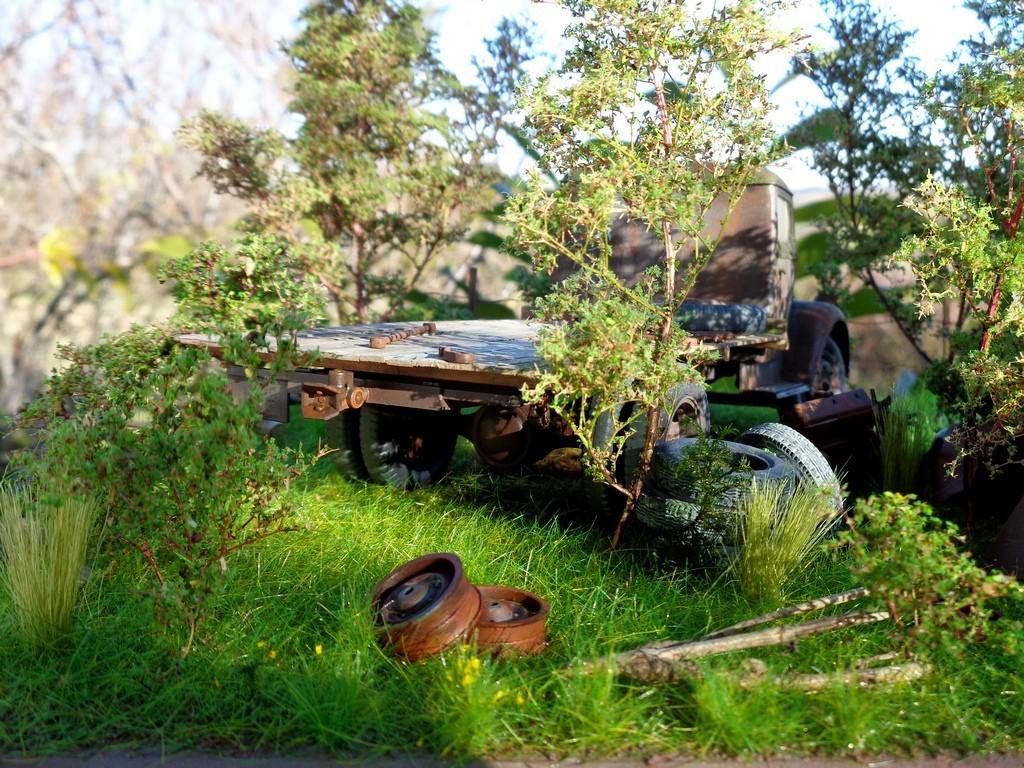 Scénette épaves Opel Blitz  et Traction 15cv - 1/24 Tc3NEj