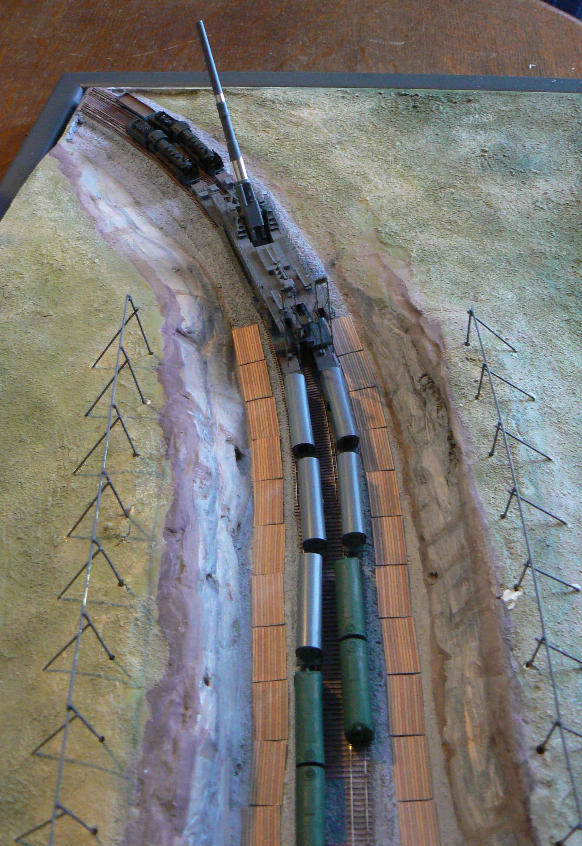 DORA German 80cm railway gun 1/350 Bigblueboy - Page 9 Ndhi1u