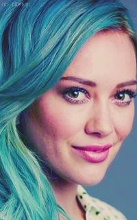 Hilary Duff UAo0H1