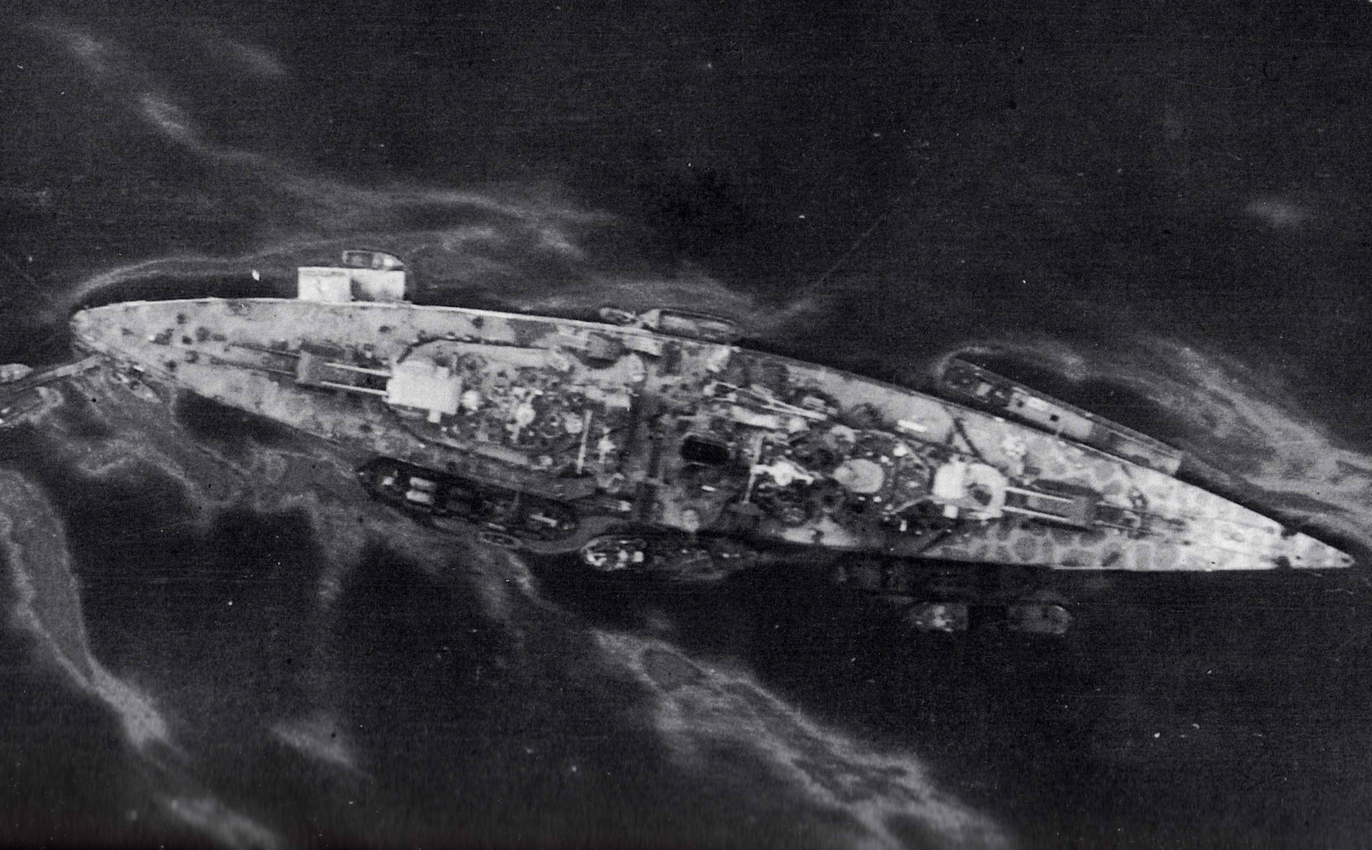 Tirpitz 1:350 Platinum Edition - Page 3 VLiOV7