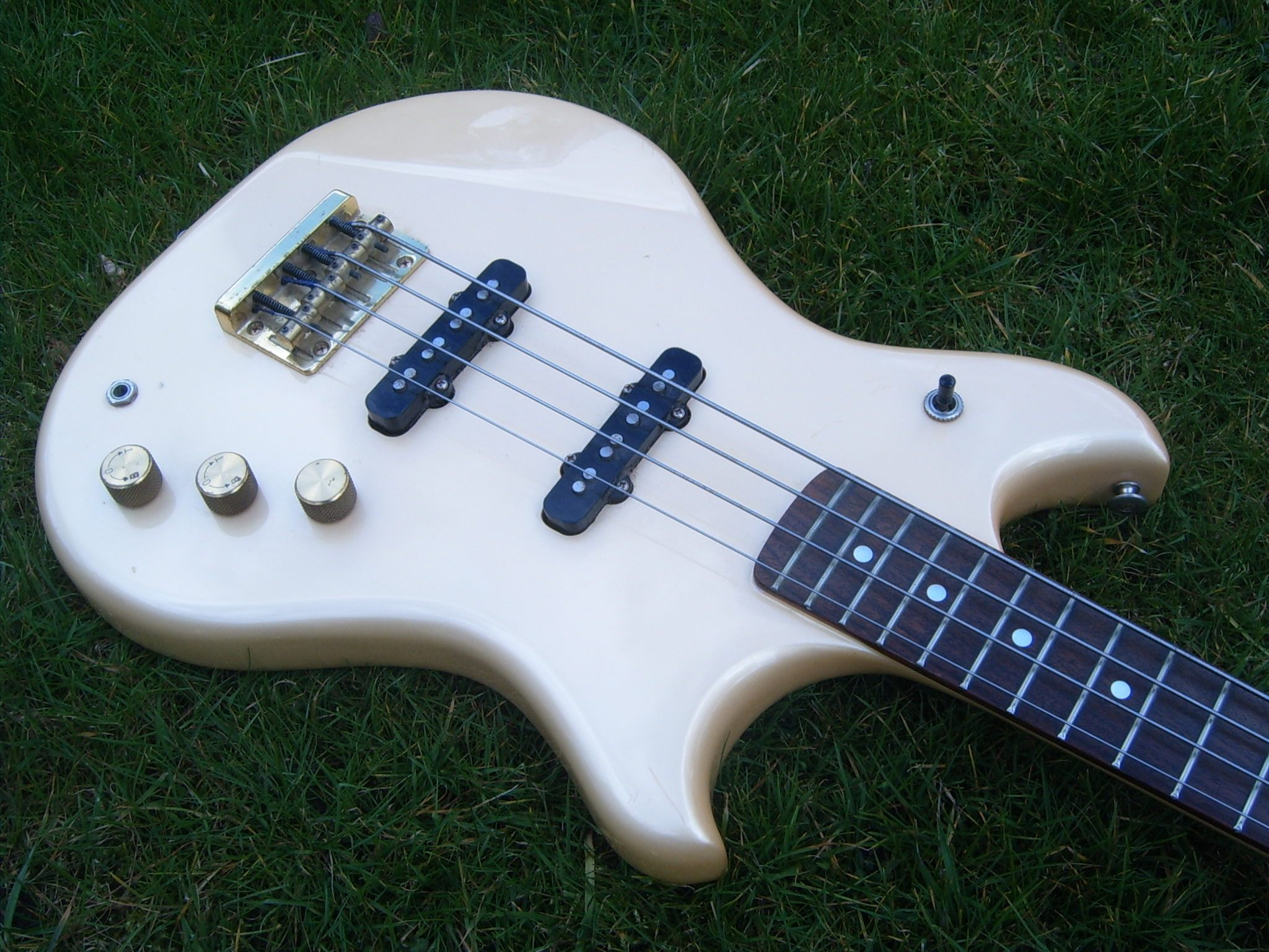 BASS - Westone Thunder ll Bass. Thunder 2. WpLdgS