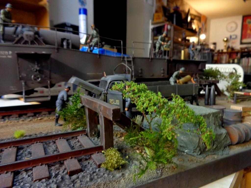 Diorama Ferroviaire avec  K5 Leopold au 1/35 petite MAJ 12/11/16 - Page 2 2XVDYV