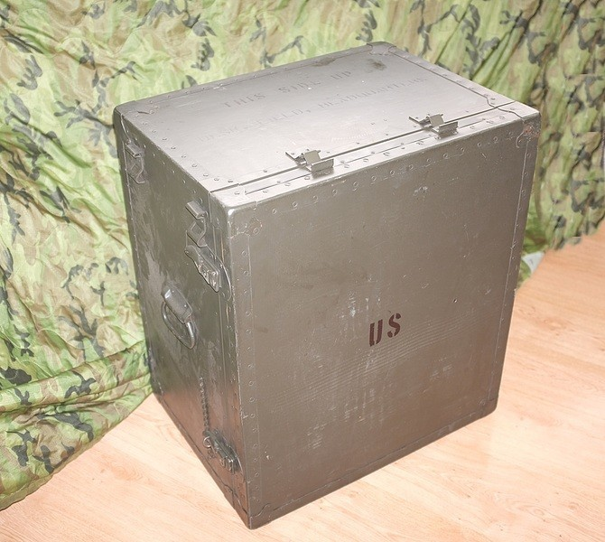 M1952 field desk. 9g4rJD