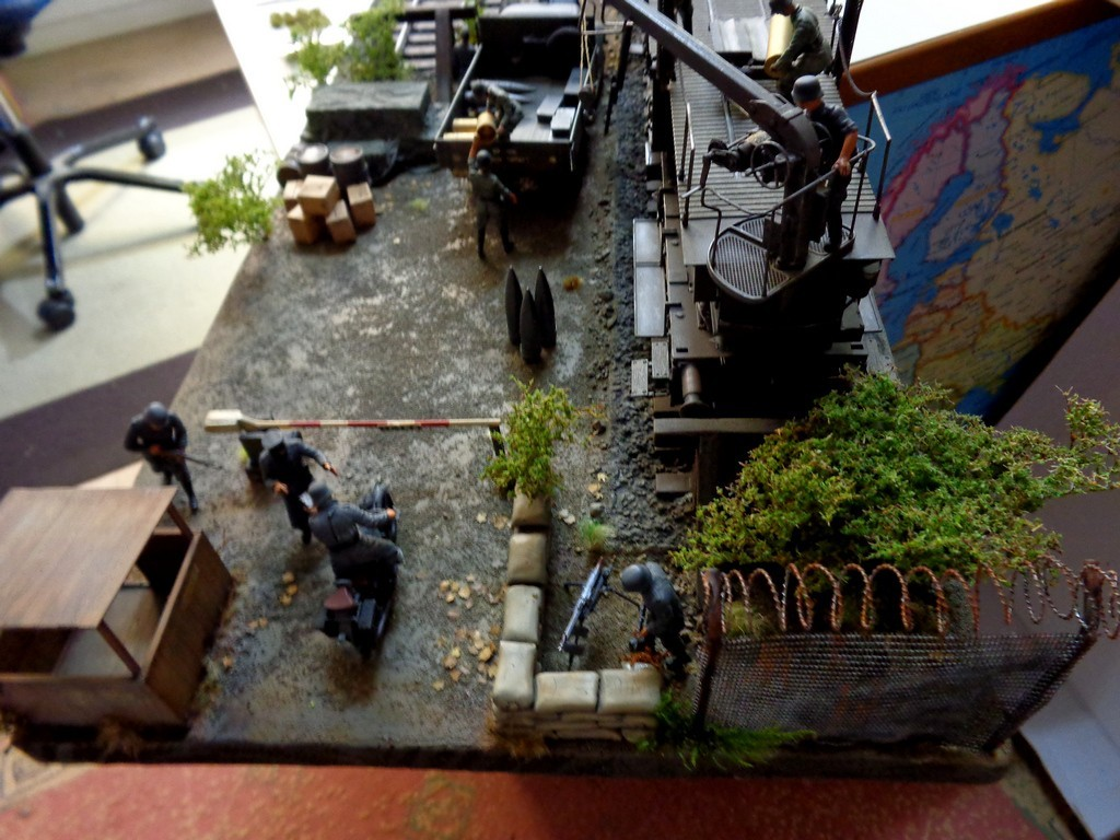 Diorama Ferroviaire avec  K5 Leopold au 1/35 petite MAJ 12/11/16 - Page 2 GVyAkb