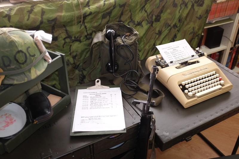 M1952 field desk. NJ8fmr