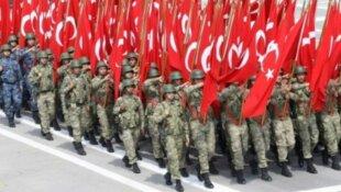 البرلمان يوافق على إرسال قوات إلى قطر