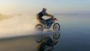 Robbie Madison va retourner sur l'eau en moto !