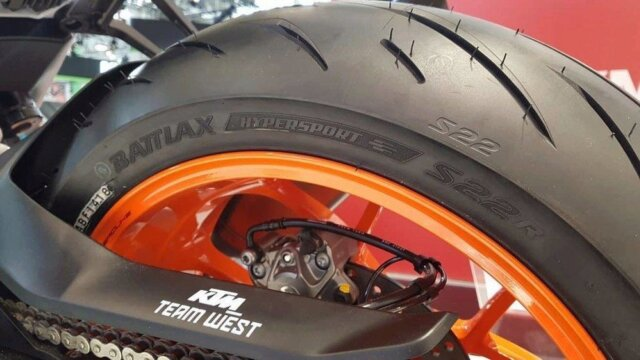 Nouveaux pneus S22 de Bridgestone